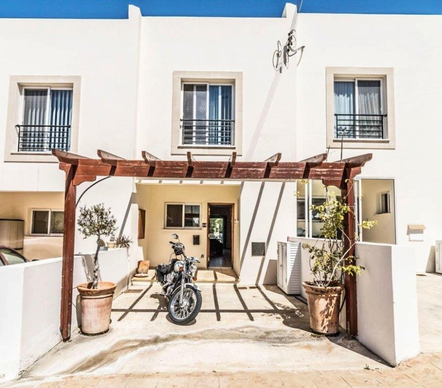 2 Bedroom Townhouse For Sale In Argaka, Paphos: 13741 | Zyprus